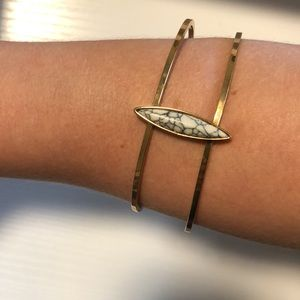 Simple Gold Bracelet with Marbled Stone -NWOT